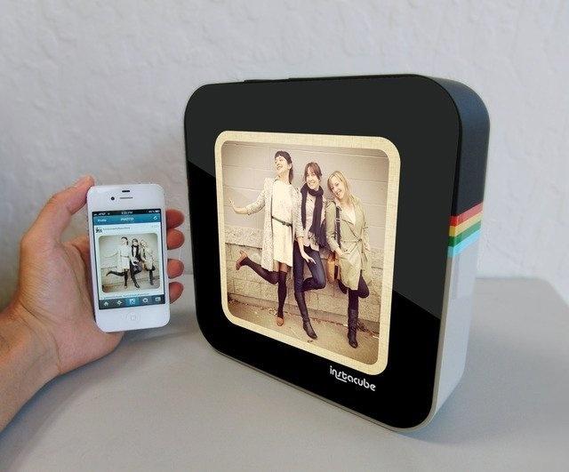 InstaCube Digital Photo Frame #tech #flow #gadget #gift #ideas #cool