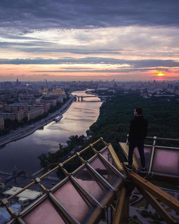 Creative Rooftop and Cityscape Photography by Misha Tumanov