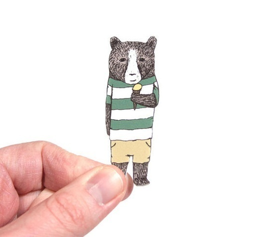 from: http://www.etsy.com/shop/hellosmallworld #small #world #illustration #etsy #hello #brooch #bear