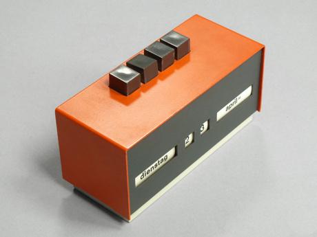 Present #design #calendar #germany #industrial #vintage #1970s