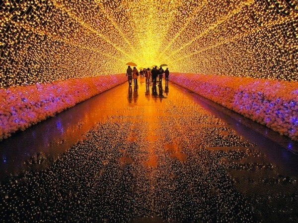 Japans Tunnel of Lights 8 #tunnel #light #japan #installation
