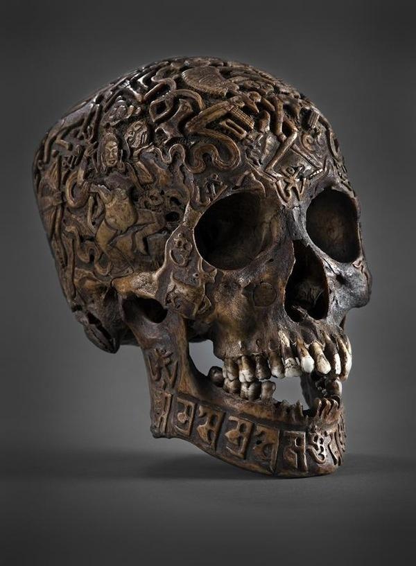 Tibetan Skull Art #skull #engraved
