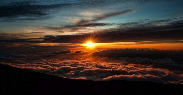 Magical Worlds Exist Just Above the Clouds My Modern Metropolis #clouds #the #photography #sunrise #above #sunset