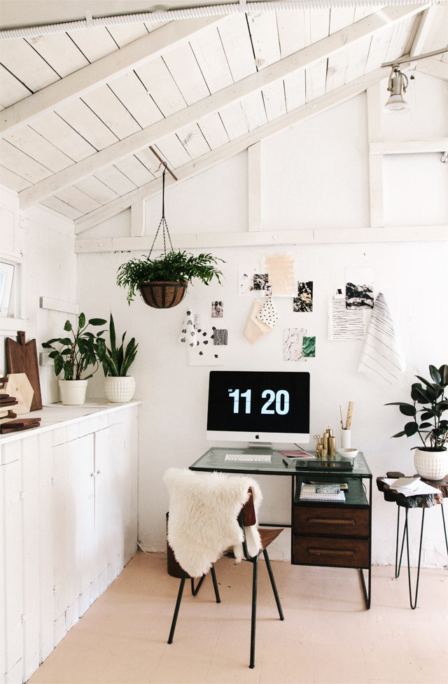 smitten studio // Sarah Sherman Samuel home office #office #space #home #desk #studio #work