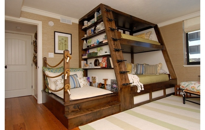 Bunk bed for kids' room by Del Mar - www.homeworlddesign. com (1) #wooden #furniture #bed #kids #bunk