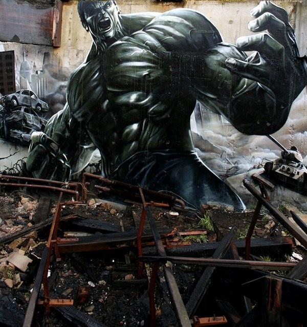 Hulk on street art #graffiti #realism #street #art #realistic