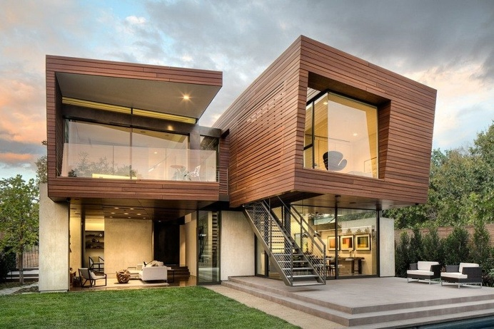 The Split Residence was Designed with Accent on Green Practices