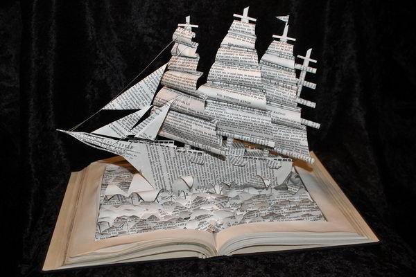 20 Cool Book Sculptures for Inspiration #sculptures #book #art