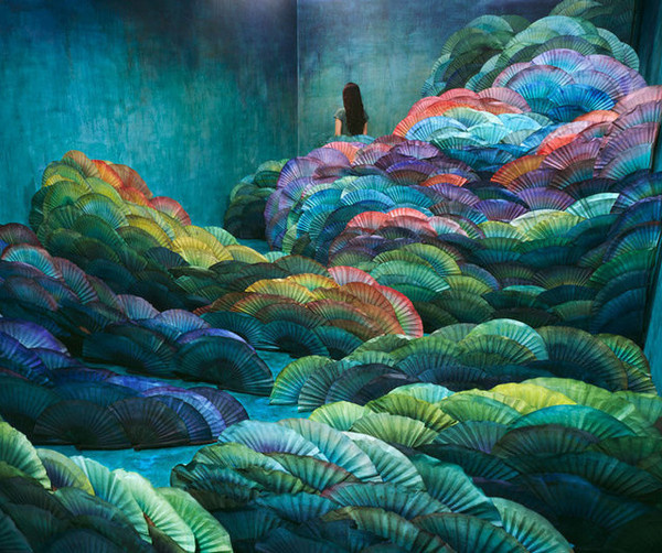 Surreal Non Photoshopped Photography by Jee Young Lee #inspiration #surreal #photography