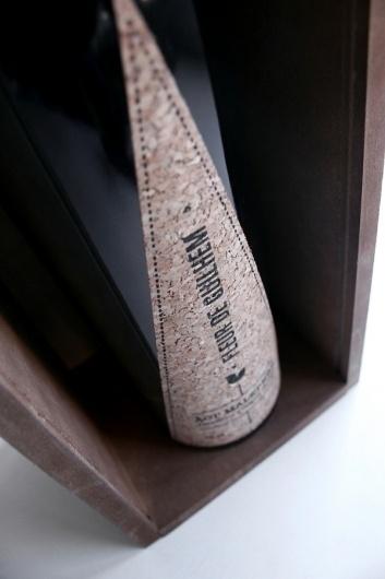 Fleur De Guilhem | Sublima Comunicación #sublima #packaging #cork #sustainability #label #wine #fleurdeguilhem #ecological