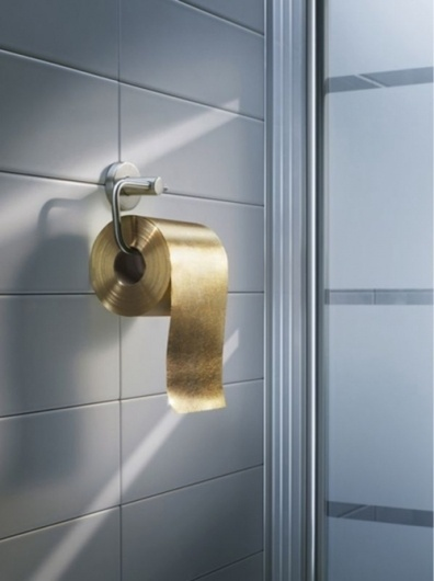 AHONETWO #toilet #ahonetwo #photography #gold #paper