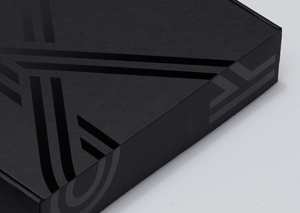 Kitsbow— #packaging #manual #box #black foil #black on black #gloss