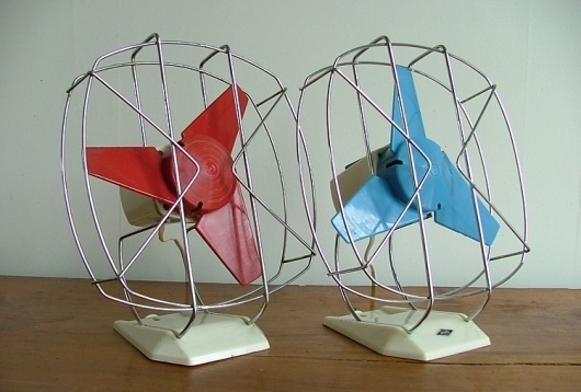 Red and Blue Fans by Itho « The Mid-Century Modernist #pair #red #rotary #desk #vintage #blue #fan