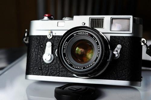 tumblr_l68o6sAkbw1qau50i.png (500×332) #nikkor #camera #film