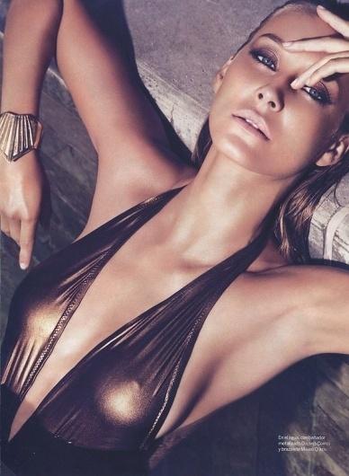 Vanessa Lorenzo by Mikael Schulz » Design You Trust – Social design inspiration! #female #model #photography #girl