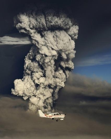 5103.jpg 990×1233 pixels #vulcano #plane #ash #iceland