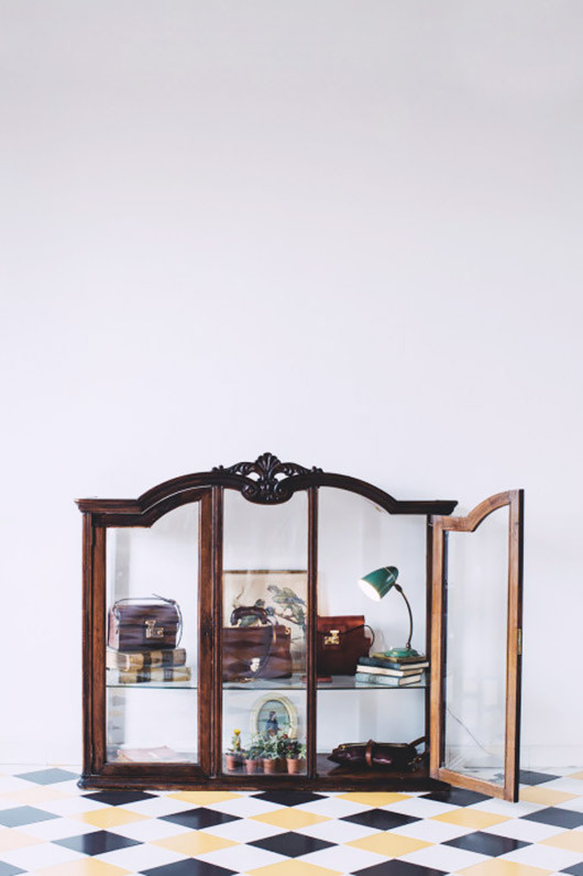 Freunde von Freunden Carolina Iriarte cabinet #interior #design #decor #deco #decoration
