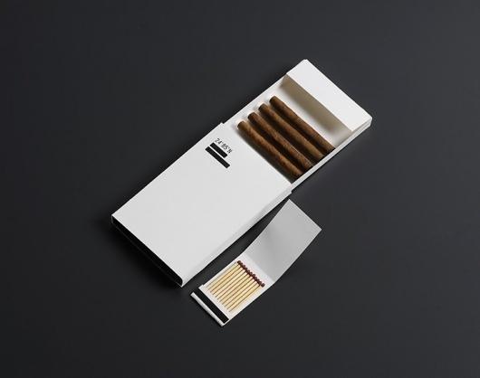 24º85'N : Andrea Ederra #cigarillo #design #matches #minimal