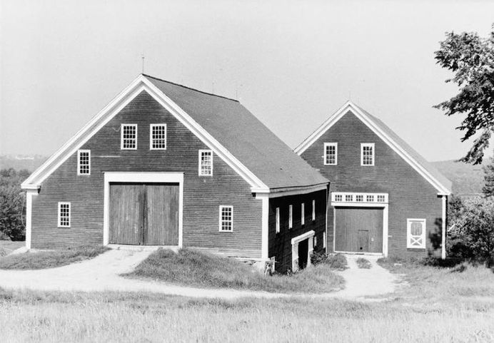 The New England Style barn — Shaker village in Maine
