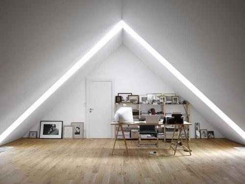 Ljusinsläpp - The Black Workshop #interior #design #decoration #deco