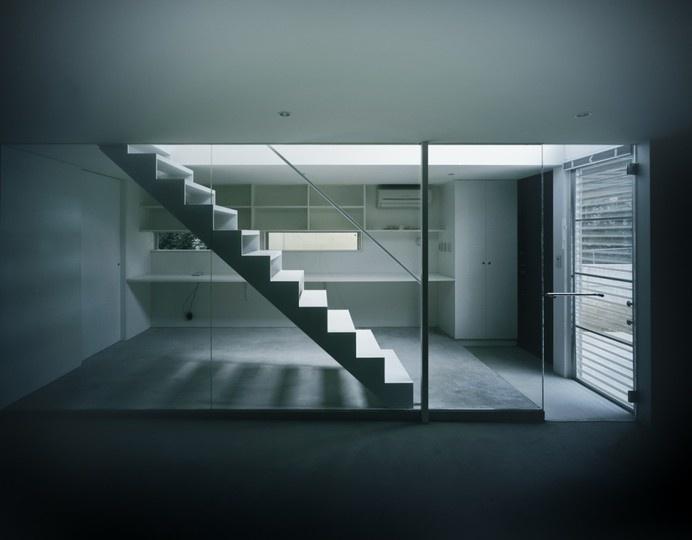 Industrial Designer House / Koji Tsutsui Architect & Associates #solid-void #white #interiors #architecture #houses