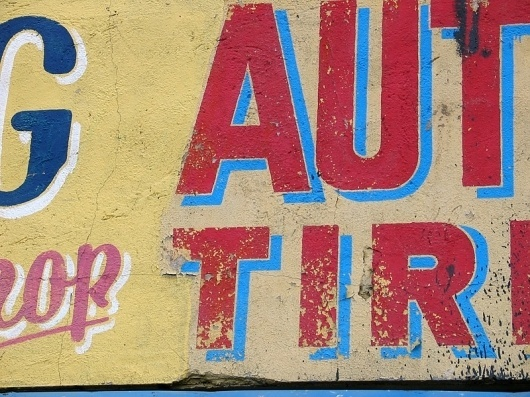 North America : TypArchive #lettering #red #painted #weathered #blue #hand