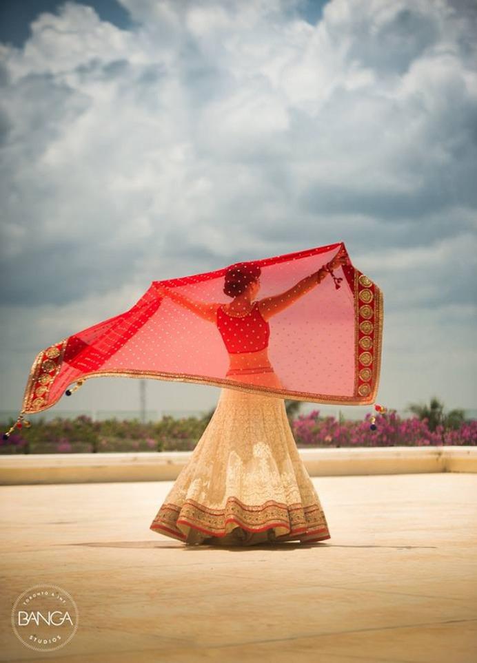 Bridal Photoshoot Poses Ideas 2020