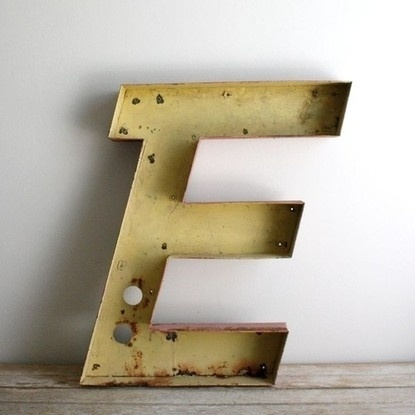 Baubauhaus. #sign #letter #typography