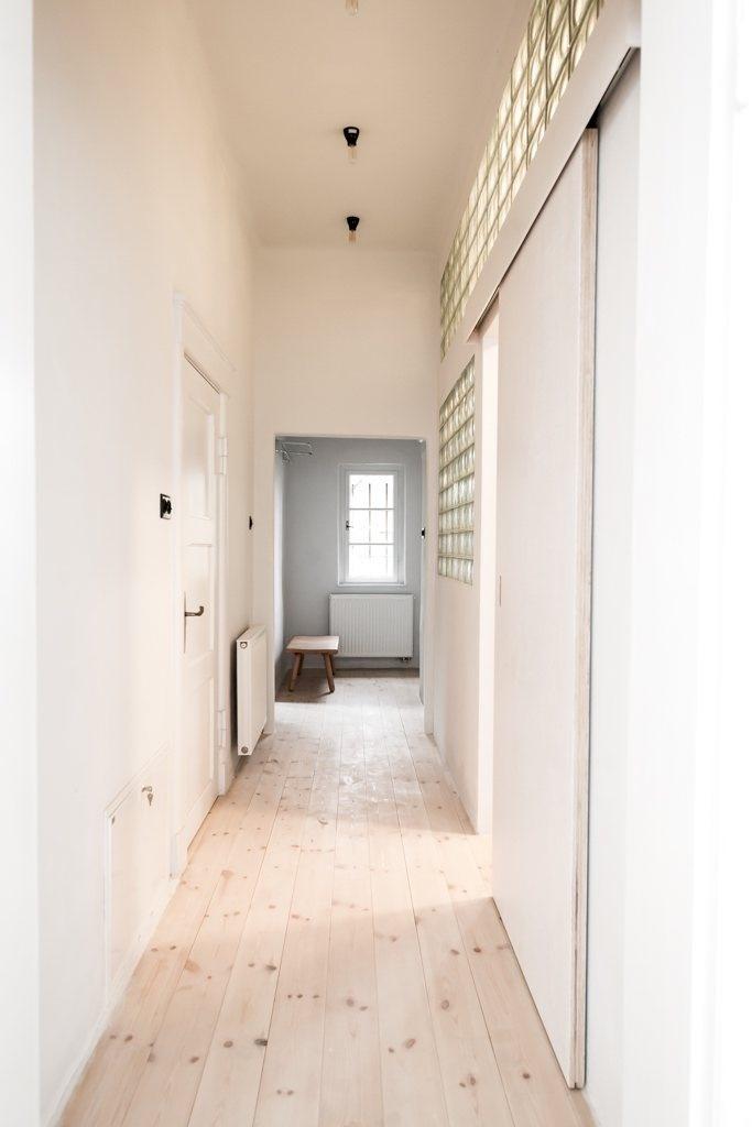 Hallway. House from the 20's by Jacek Kolasiński. Photo by Karolina Bąk. #jacekkolasinski #interiordesign #hallway