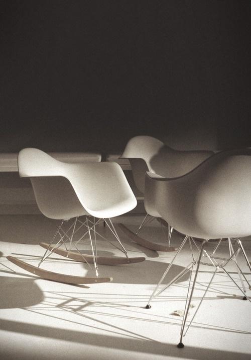 T H R T B R K R S #chair #classic #design