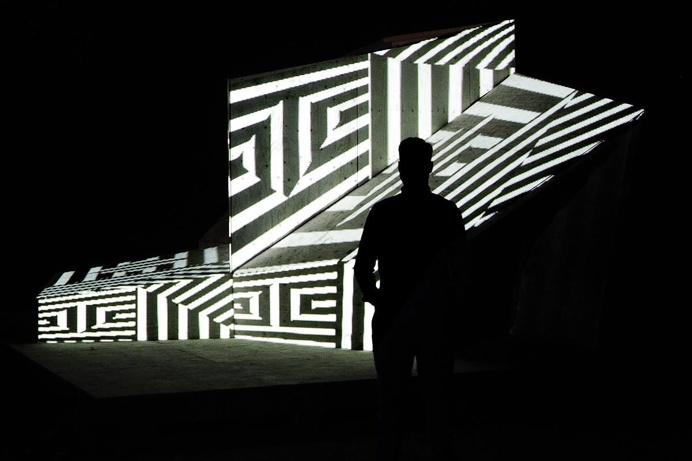 PARAMETRIC LANDMARK https://vimeo.com/cameokid/parametric_landmark #cameokid #ifac #projection #hojin kang #light #installation #mapping
