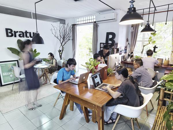 Bratus #vietnam #green #agency #office #place #space #studio #work