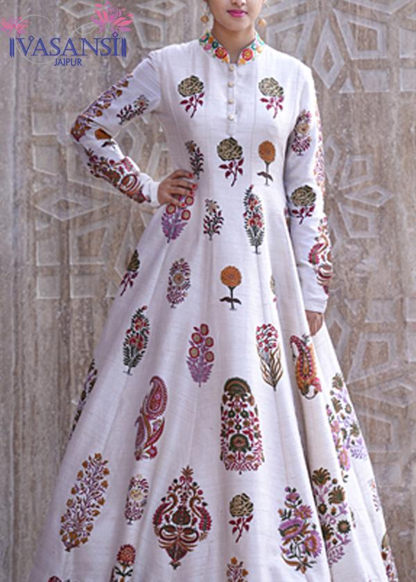 Vasansi White Raw Silk Gown