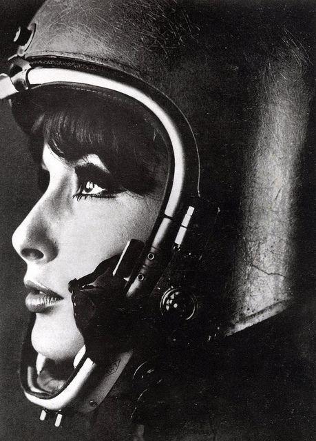 CAFE' RACER CULTURE: Helmets #woman #photo #helmet #retro #portrait