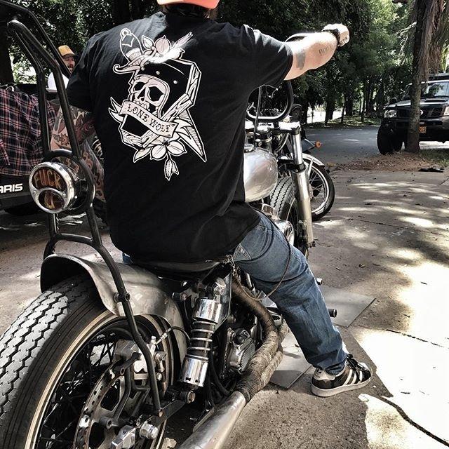 Lone Wolf MotoWear - Envió Gratis a todo Colombia 🇨🇴 Tienda Online: www.lonewolfmotorcycle.co 📸 @paintstation_kustomshop - Home of