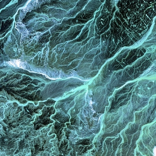 A process cannot be understood by stopping it. Understanding must... - but does it float #ocean #photography #satellite