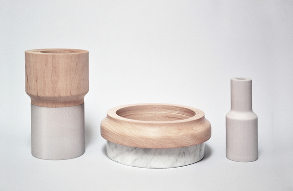 Inspired by a stacking game for kids, Varia is a modular tableware set that can be arranged as desired by the owner. All the pieces are digi #product #tableware #design