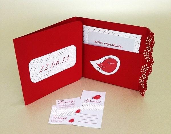 XV Invitación. Pajarito / VX invitation. Little Bird #printed #red #invitation #impresa #bird #craft #xv #pajarito #manualidades #invitacin