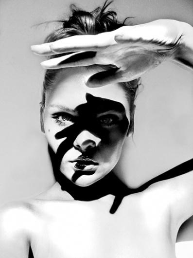 BLCKout #white #black #photography #and #fashion
