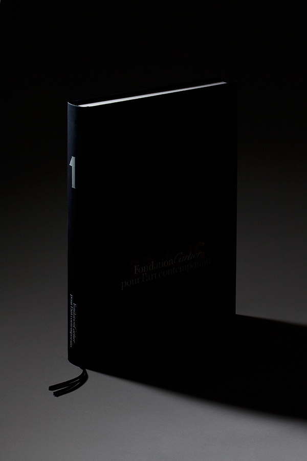 Noire #noire #shade #documentation #book #cover #photography #shadow