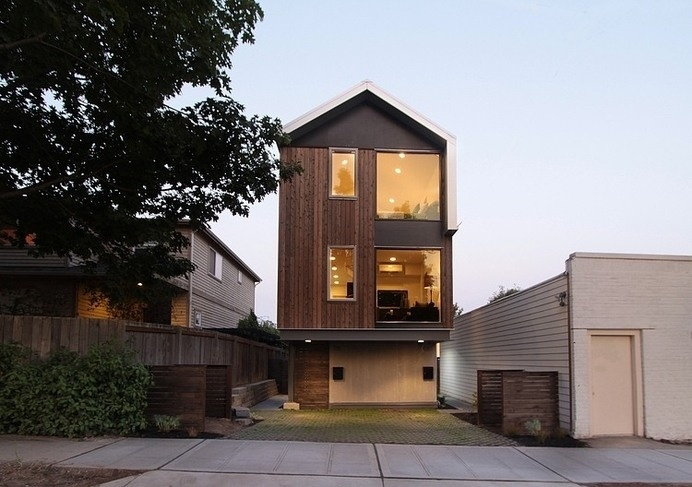 Contemporary and Practical Urban Duplex Unit in Seattle #architecture #contemporary #duplex