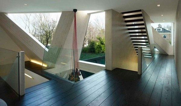 Slanted glass, so sexy. #architecture #home