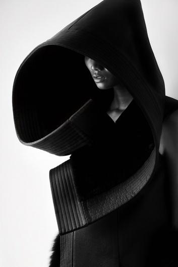 Qiu Hao F/W 2011 Serpens on the Behance Network #white #matthieu #hao #black #belin #photography #china #and #fashion #qiu