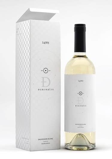 Graphic-ExchanGE - a selection of graphic projects #bottle #packaging #print #label #wine