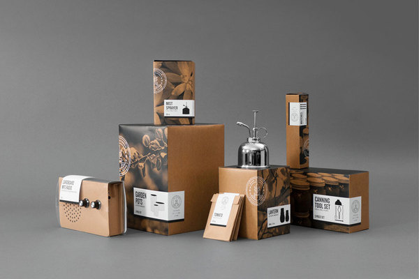 Fred Carriedo #b&w #packaging #box #label #natural