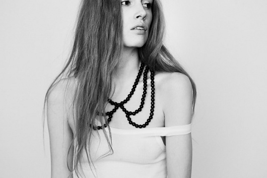 We Are Selecters · You Are Selecters ♥ » Saskia Diez Jewelry #collar #white #black #carneiro #photography #and #lace #solange