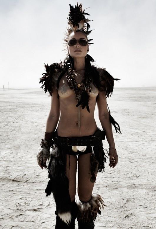 2c6665ce1c8884ec2a5b8c8190176ec9.jpg (530×776) #tribal #madmax #girl
