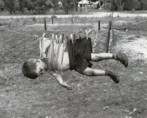 FFFFOUND! #blackwhite #clothes #kid #retro #vintage #pins #hanging