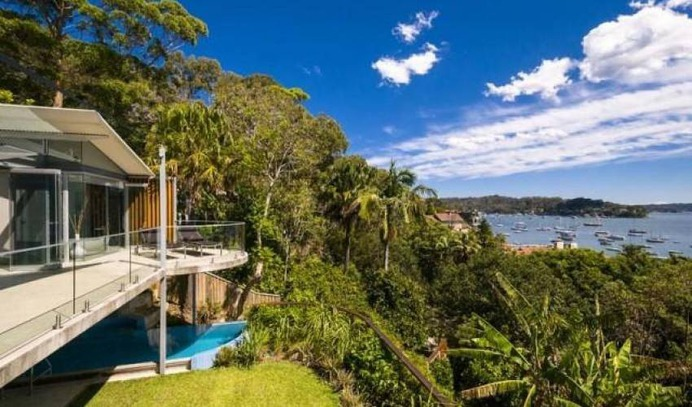 4 Bedrooms Ocean View Villa in Sydney North, Palm Beach, Australia