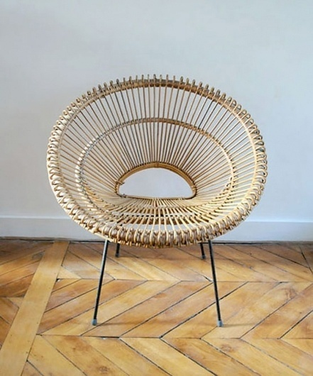 Art Design People - blog.arcademi.com #colonel #chair #mon